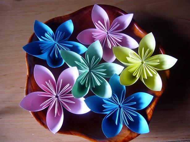 Curso gratis de Flores Lamparas y Manualidades en Origami