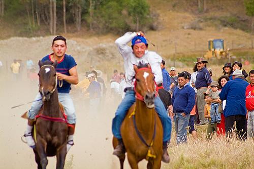 Juegos Tipicos Chilenos Carreras A La Chilena